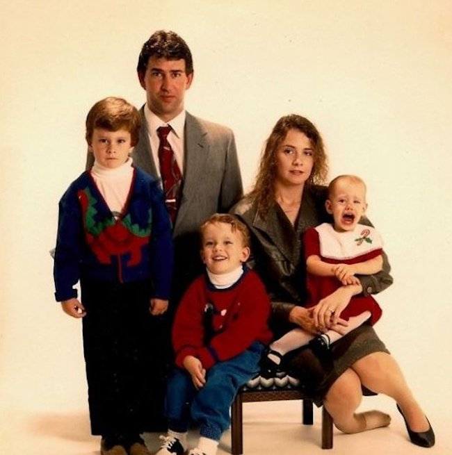 20 cringing family photos that will make you think!
