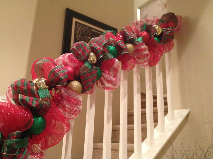 Try alternating Christmas ribbons as your Christmas decoration of choice